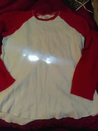 Old navy thermal shirt size xl Midland, 79705