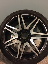 "Stagger AMG 18"" wheels... Cone with 2 rear tires and one of the front rim has a small crack but can be fix! Woodbridge, 22192"