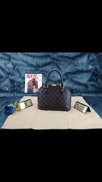 Borsa Louis Vuitton Monogram in pelle nera