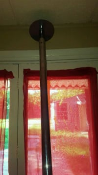 *PRICE REDUCED * 45 mm dance pole  Warr Acres, 73122