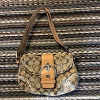 Authentic Coach purse Pittsburgh, 15222