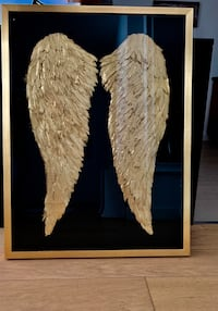 Picture - Angel Wings New York, 10036