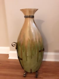 Floor vase from Pier1 Alexandria, 22303
