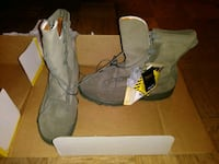 pair of gray suede boots Alexandria, 22312