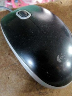 black and gray Logitech corded computer mouse