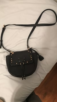 black leather crossbody bag Summerville, 29485