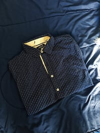 blue and white polka-dot button-up collared shirt El Paso, 79938