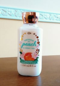 BRAND NEW: Bath and Body Works Body Lotion-Peach &