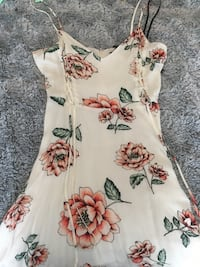 white and red floral scoop-neck sleeveless dress Vaughan, L4H