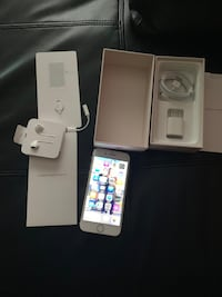 iPhone 8 64gb the phone is 3 months old I upgrade to the sx max   Toronto, M5H 0A7