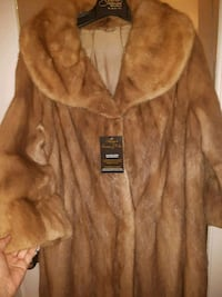 Mink fur coat winter coat Laval, H7N 5J4