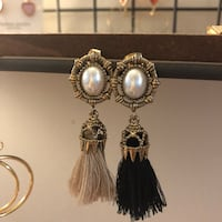 Vintage design tassel earrings Toronto, M2N 7L3