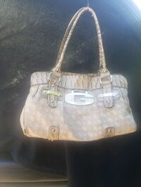 Guess purse  Nanaimo, V9S 5W3