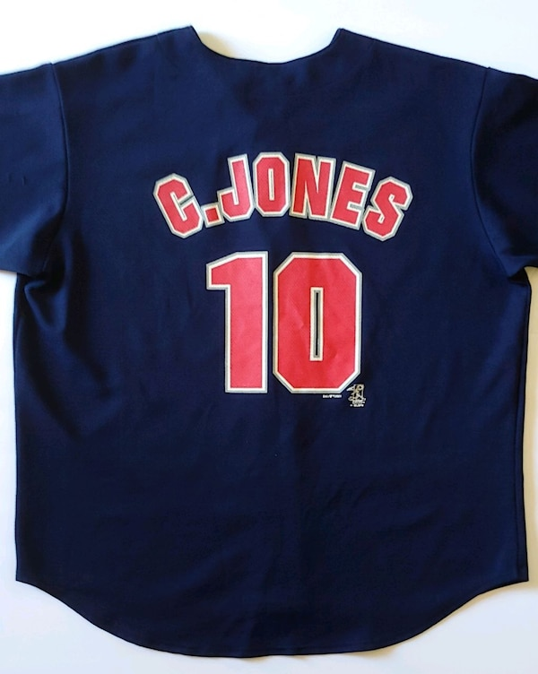official photos 9cea8 69f92 2001 Atlanta Braves Chipper Jones Jersey Size XL
