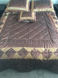 Bed Cover , including 2 pillow case, 1 square pillow case   Edmonton, T5X 0H2