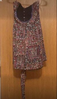 Short floral dress Windsor, N9A 2L5