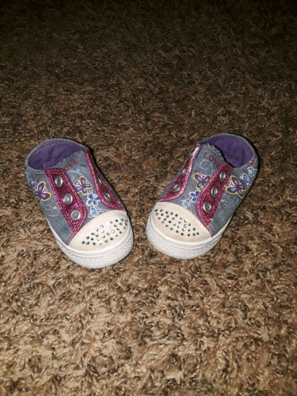 bbed0879113 Used Baby shoes size 4 for sale in El Paso - letgo