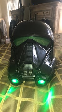 Black storm trooper mask with green lights and voice changer Los Angeles, 91423