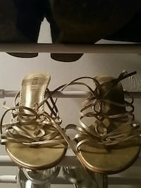 New ...wore them once ... gold Toronto, M1N 1M3