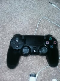 black Sony PS4 wireless controller Herndon, 20171