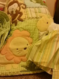 Crib bedding set  Woodbridge, 22192