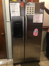 $800.  Best offer  Maytag refrigerator and freezer with ice maker Watchung, 07069