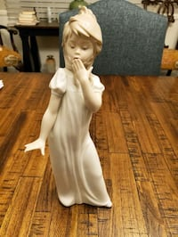 Nao by LLadro - hand made in Spain Charlotte, 28277