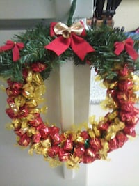 XMAS CANDY/ TOFFEE WREATHS Surrey, V3W