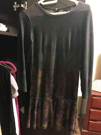 french connection dress body con with bell botton super cute mid knee Toronto