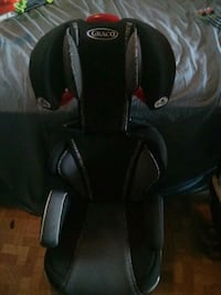 toddler's black and grey Graco car seat Seattle, 98134