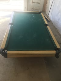 Slate top pool table Atwater, 44201
