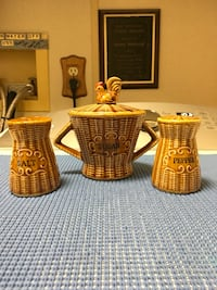 Vintage Brown wicker ceramic sugar bowl w/ s & p shakers Floral City, 34436