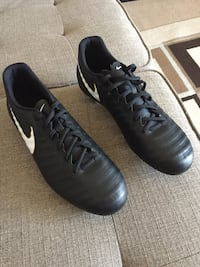 Nike Cleats Size 10 Winnipeg, R2Y 1Z8