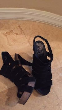 pair of black open-toe strappy heeled sandals Las Vegas, 89138