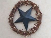 "15"" wreath with metal star in the center Salem, 03079"
