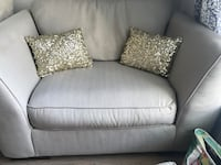 Set of 2 sequined gold throw pillows Lenexa, 66219