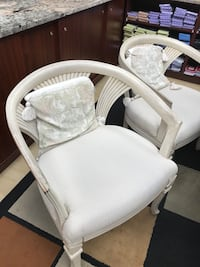 white and gray high chair Langley, V1M 2E4