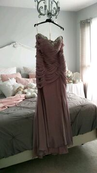 Brand New Embellished Gown For Sale Vaughan, L0J