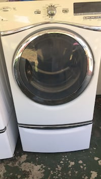 white and black front-load clothes washer Los Angeles, 91604