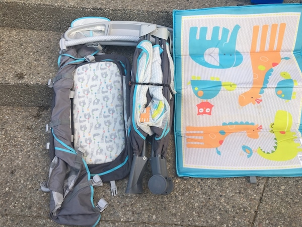 Pack and play carters