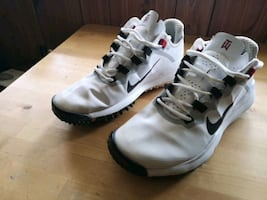Nike TW Golf shoes size 9