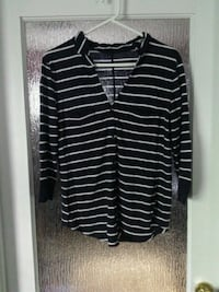 black and white striped long-sleeved shirt Calgary, T2T