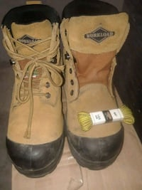 Steel toe boots worn 2 months size 8 men Pickering, L1V 6R2
