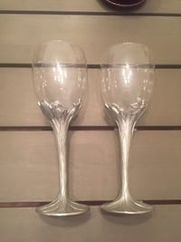 Vintage 1990 Seagull Pewter Canada Daffodil Wine Glasses Goblets 7.75 Tall $60