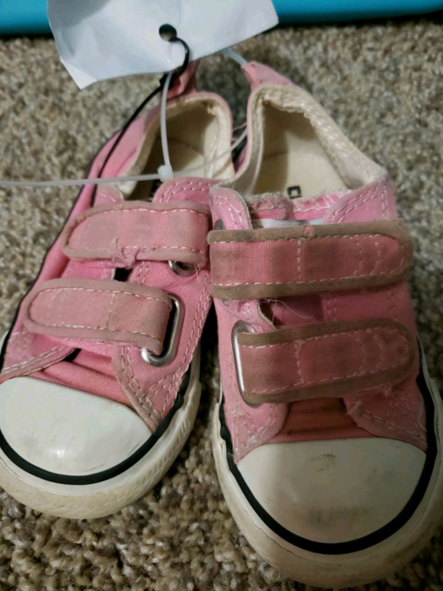 Photo Converse Pink Shoes for Sale