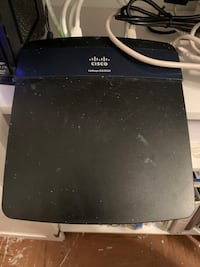 Linksys N750 WiFi router