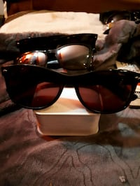 black-framed sunglasses with case Waterloo, N2K 3N6