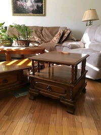 Coffee table and 2 end tables 45 km