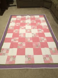 Brand new White and pink quilt, machine pieced quilt.