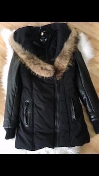 REAL LEATHER FUR BLACK WINTER JACKET- MANTEAU D'HIVER VRAI CUIR FOURRURE- SIZE SMALL Laval, H7P 1Z7